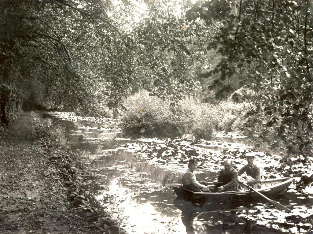 Boat-on-Pond-1-1024×765
