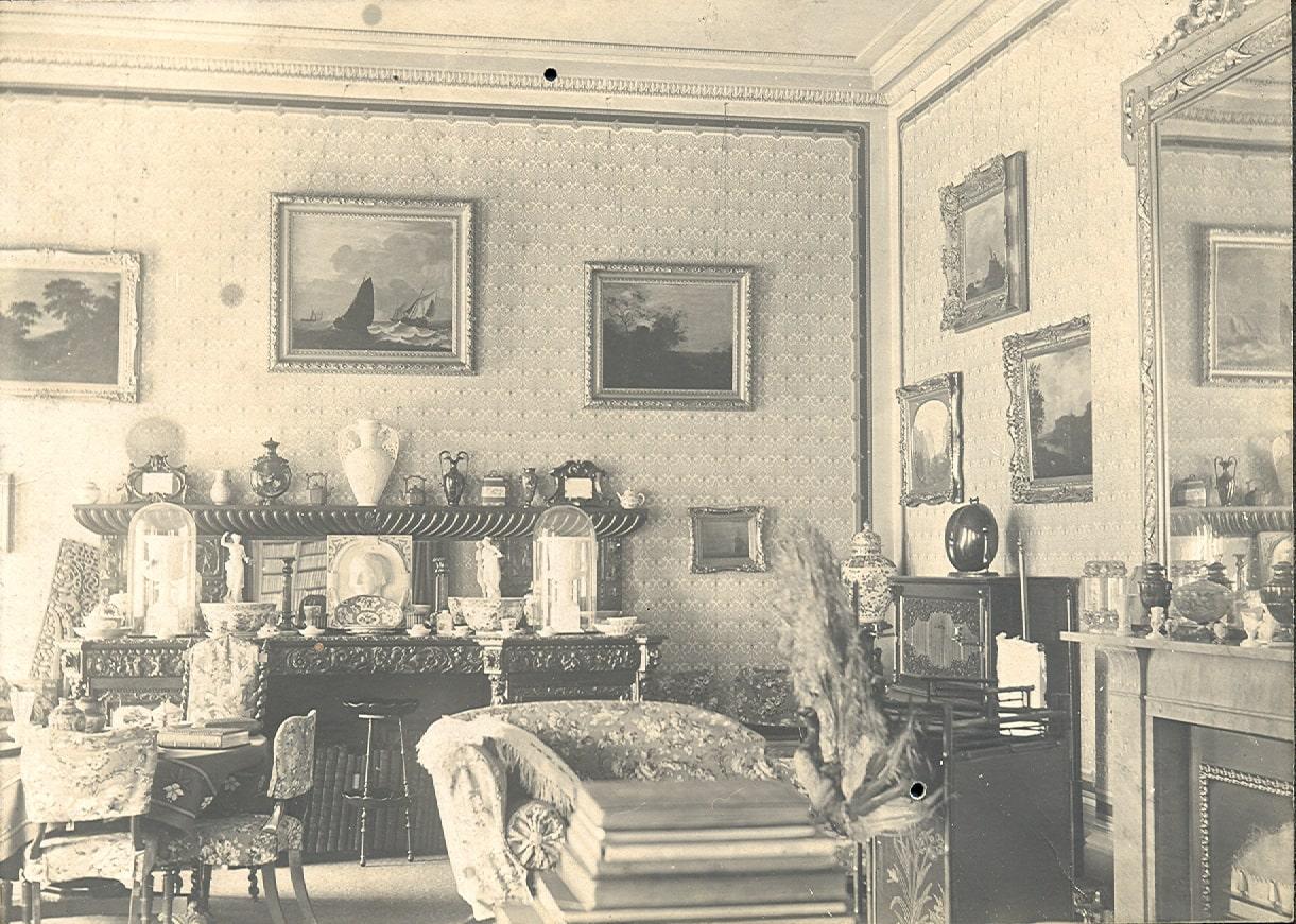 Drawing-Room-1900